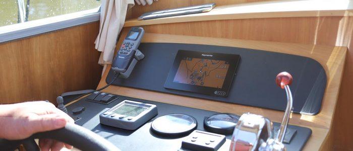 Steuerstand Linssen Sedan Innensteuerstand Navigationsinstrumente
